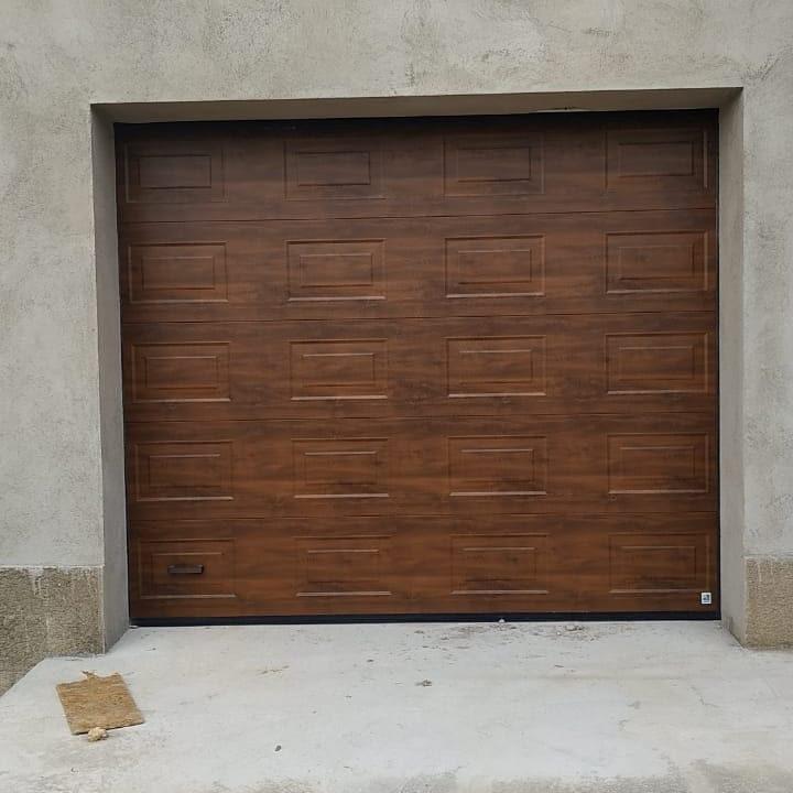 Секционные ворота Alutech PRESTIGE 3000х3000 1